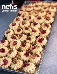 Kurabiye Tarifi #kurabiyetarifi #kurabiyetarifleri #nefisyemektarifleri #yemektarifleri #tarifsunum #lezzetlitarifler #lezzet #sunum #sunumönemlidir #tarif #yemek #food #yummy Cheesecake Brownies, Pastry Cake, Turkish Recipes, Frozen Yogurt, Beautiful Cakes, Healthy Snacks, Deserts, Food And Drink, Easy Meals
