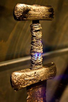 Viking sword with golden pommel, Denmark, c.10th century AD http://museum-of-artifacts.blogspot.com/