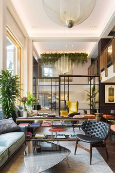 45 Modern Interior Home Design 2019 that Inspire Dining Room Design design home Dining Room Design design Dining home Inspire interior modern Room Hotel Room Design, Lobby Design, Hotel Lobby Interior Design, Mid-century Interior, Apartment Interior Design, Apartment Ideas, Stylish Interior, Apartment Entryway, York Apartment
