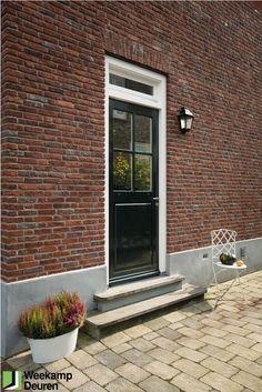 WK 8081 | Weekamp achterdeur. Leverbaar als stapeldorpeldeur of als vlakke plaatdeur.