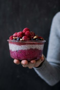 Beetroot chia pudding