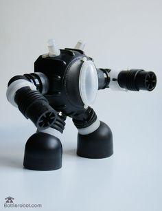 bottlerobot Black Gunner - made with plastic bottles