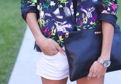 A must have to every closet -Floral Blazer