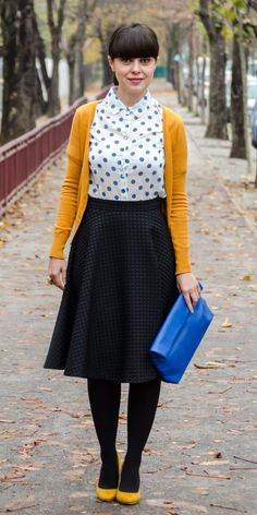 Miss Green: Mustard and blue dots Skirt: H&M / Shoes: Poema / Shirt: random / Clutch: New Yorker / Sweater: C&A Work Fashion, Modest Fashion, Retro Fashion, Vintage Fashion, Womens Fashion, Polka Dot Fashion, Style Fashion, Petite Fashion, Curvy Fashion