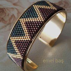 Peyote bracelet by Emel Bas from Turkey