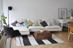 soderhamn ikea at DuckDuckGo Living Room Without Rug, Living Room Sofa, Home Living Room, Ikea Soderhamn, Ikea Couch, Sofa Pillows, Home Decor Inspiration, Home Furniture, Decoration