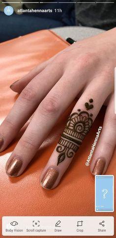 Ideas for tattoo ideas finger henna mehndi - Charlottes Lieblings tatooideen - Henna Designs Hand Henna Tattoo Bilder, Small Henna Tattoos, Henna Tattoo Designs Simple, Finger Henna Designs, Henna Art Designs, Mehndi Designs For Girls, Mehndi Designs For Fingers, Beautiful Henna Designs, Mehandi Designs