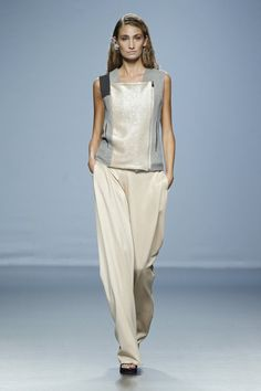 FashionTV Mobile | Gallery | Miguel Alex Spring/Summer 2015 Collection