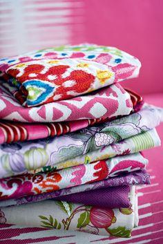 Fabrics from T-B: Bella, Kerala, Yana, Sara, Leila, Samira, Sultan, Champs-Elysees, Sara, Kazan (background)