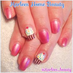 Yummmm! Acrylic nails with @kleancolor nail lacquers and Cupcake feature nails!