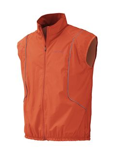 Made of Windstopper Active, the GHENT vest is light and breathable. Combines several fabrics and materials. With reflective elements to be seen at night. // El chaleco GHENT está confeccionado en Windstopper Active. Ligero y transpirable. Combina varios tejidos. Con elementos reflectantes para mejor visibilidad nocturna.