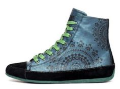 Desigual shoes spring summer 2014 - Canella sneaker for women with electric shine