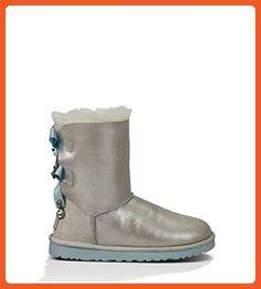 4b9edf92711 UGG Women s Bailey Bow Bling I Do! White Boot 11 B (M) -