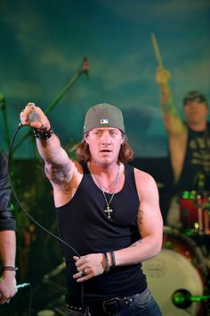 1000 images about tyler hubbard and his hotness on for Tyler hubbard tattoos