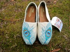 Custom Peacock TOMS