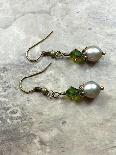 Grey Freshwater pearl earrings
