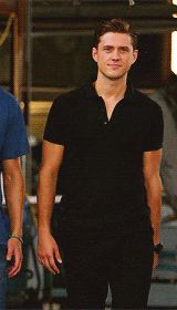 @Mallory Puentes Puentes Puentes Smith Its the Aaron Tveit walk.... haha. (gif. Click to watch)