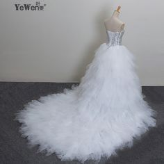 f761278bed2 Aliexpress.com   Buy 2018 New Bandage Tube Top Crystal Luxury Wedding Dress  2018 Bridal gown wedding dresses vestido de noiva Robe De Mariage from  Reliable ...