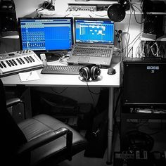 @steinbergmedia #ichoosecubase because it gives me the feel of an oldschool studio in the box. It's been the beating heart of my home studio for years...