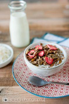 Strawberry Coconut Granola (Grain Free, Nut Free, Vegan) by @Everyday Maven  www.everydaymaven.com #paleo