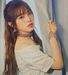 Pop Photos, Baby Ducks, Yu Jin, Yuehua Entertainment, Japanese Girl Group, Shining Star, Kim Min, Soyeon, Female Singers