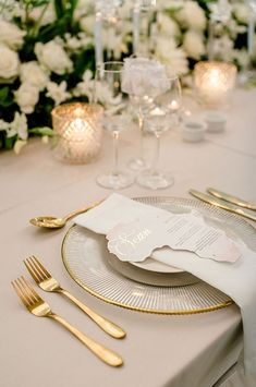 The perfect adornment to this luxurious and romantic reception look! How gorgeous are these personalised laser cut Africa shaped menus? Complete with gold foiling and a pop of colour, these menus are a firm favourite for the 2020 wedding season! Wedding Stationery, Wedding Invitations, Menu Cards, Save The Date Cards, Wedding Season, How To Memorize Things, Reception, Africa, Romantic