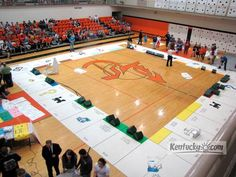 Story: Kentucky students play gym-size game of Monopoly - A cool idea for our pep rally High School Activities, Senior Activities, Student Council Activities, Student Council Ideas, High School Games, High School Cheer, Leadership Activities, Group Activities, Student Gov