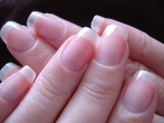 www.inspirebeautytips.com/how-to-strengthen-your-nails