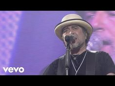Joaquin Sabina - 19 Dias Y 500 Noches (Video Directo) - YouTube