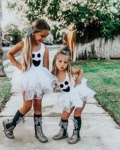 Couples Halloween, Halloween Costumes For Kids, Halloween Party, Halloween Recipe, Women Halloween, Costumes Kids, Halloween Makeup, Halloween Decorations, Outdoor Decorations