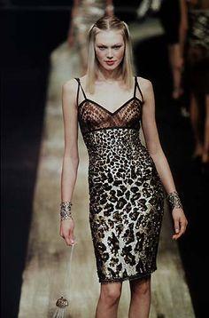 Valentino - Ready-to-wear Spring / Summer 1998