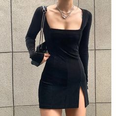Mode Outfits, Fashion Outfits, Fashion Pants, Mode Grunge, Black Velvet Dress, Velvet Dresses, Looks Style, Cute Casual Outfits, Look Fashion