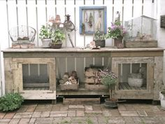 For Mom when we get our new home. DIY Potting Table - love the little screen doors on front. Too big for my current garden but it will be perfect in my dream garden. Rustic Potting Benches, Potting Tables, Garden Benches, Garden Seating, Dream Garden, Home And Garden, Outdoor Spaces, Outdoor Living, Swedish Decor