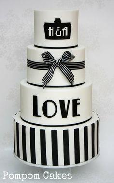 #KatieSheaDesign ♡❤ ❥ Simple but elegant #wedding cake