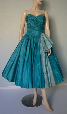 Exquisite 1950s Turquoise Taffeta // Strapless by KittyGirlVintage