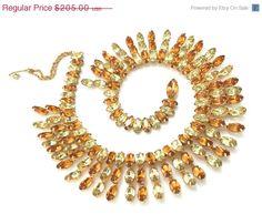 Kramer Yellow and Orange Topaz Rhinestone Collar di Vintageimagine