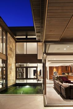 WEST VANCOUVER RESIDENCE
