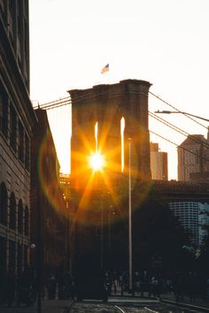 BKLYN BRIDGE DURING SUNSET by @rellikhour #newyorkcityfeelings #nyc #newyork