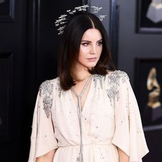 Lana Del Rey Puts a Celestial Twist on Red Carpet Beauty