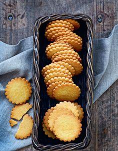 Galette au beurre recipe from A la Mere de Famille by Julien Merceron | Cooked