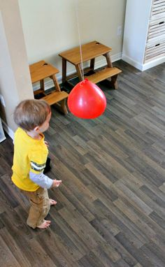 how we learn gross motor activities with balloon games for kids Balloon Games For Kids, Indoor Activities For Kids, Kids Learning Activities, Infant Activities, Therapy Activities, Physical Activities, Toddler Gross Motor Activities, Dementia Activities, Movement Activities