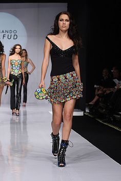 Mexico Fashion Week: Armando Mafud Spring 2009 Photo 22