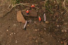 Little people project - cool miniature art - chicquero - diamond mining