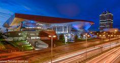 BMW Welt München zur blauen Stunde