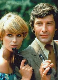 "Joanna Lumley(""Purdey"") and Gareth Hunt (""Gambit"") in the ""New Avengers"" Action Tv Shows, Uk Tv Shows, Movie Stars, Movie Tv, Short Wedge Hairstyles, Joanna Lumley, Emma Peel, Tv Awards, Bonham Carter"