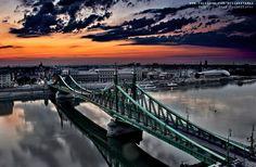 The Liberty Bridge, Budapest, Hungary Visit Budapest, Budapest Hungary, Liberty Bridge, Central Europe, Amazing Pics, Beautiful Sunset, Golden Gate Bridge, Croatia, Airplane View