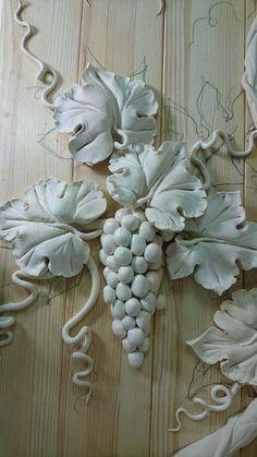 1 million+ Stunning Free Images to Use Anywhere Sculpture Painting, Ceramic Painting, Wall Sculptures, Ceramic Art, Plaster Crafts, Plaster Art, Plaster Molds, Clay Flowers, Ceramic Flowers