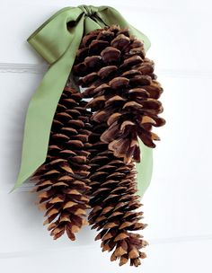 Top 40 Christmas Decorating Ideas Using Pinecones (DIY Included) Christmas Celebrations
