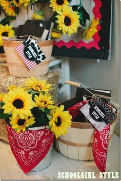 Western Classroom Theme with lots and lots of sunflowers!  *Schoolgirl Style