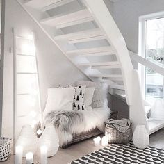 Kvällstips ✨ Kolla in det här otroligt fina hemmet som tillhör @mykindoflike. In och följ för massvis med inspiration ✨ _____________________________________________________ #sfs #gofollow #lovethis #follow #cozy #inspo #interior123 #interior4all #interior125 #interiorwarrior #interior_design #interior9508 #interior2you #interior4you #shabbyhomes #finehjem #nordiskahem #hem_inspiration #putti123 #shabbyhome #mykindoflikeinspo #inspiration
